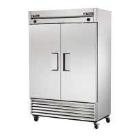TRUE Reach in Refrigerator T-49 - Two Door