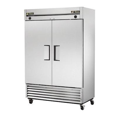 TRUE Reach in Refrigerator T-49 - Two Door