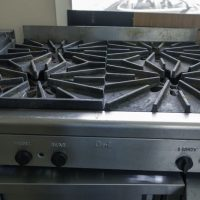 Used Quest Gas Hot Plate 4 Burner