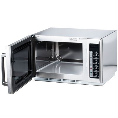 amana rcs10ts moderate duty commercial microwave oven door open