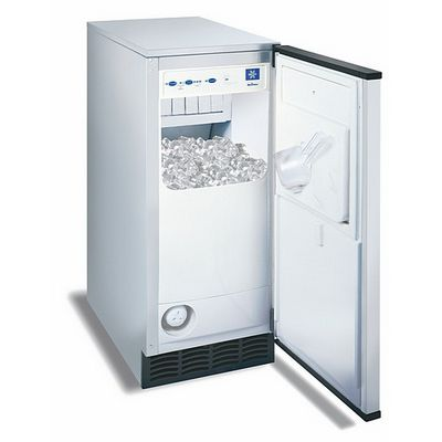 manitowoc sm-50 undercounter cube ice machine door open