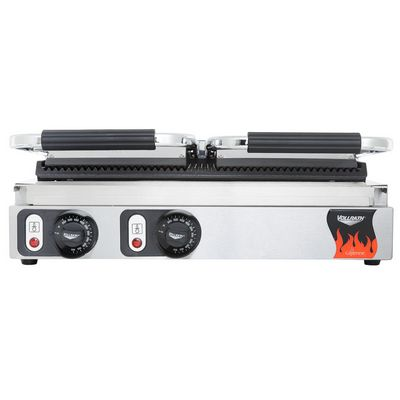 vollrath 40795 commercial grooved sandwich grill front view